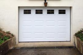 Fen tre porte de garage cr py en valois menuiserie pvc for Porte de garage france fermeture
